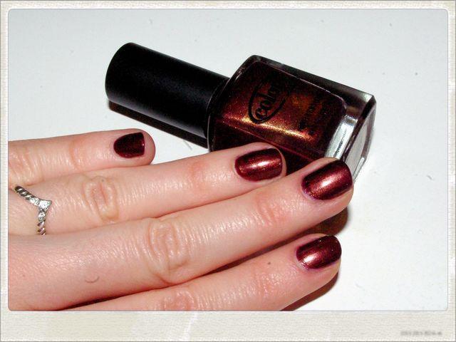 Образы от эксперта: Как носить коричневый лак