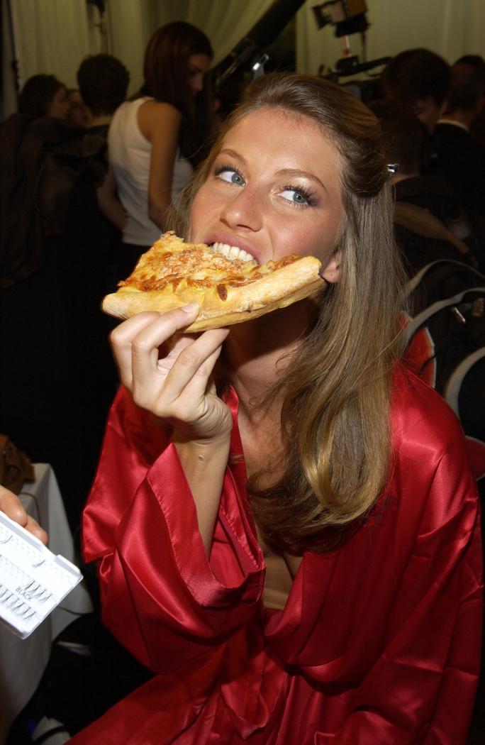 личный повар Жизель Бюндхен рассказал чем питается супермодель