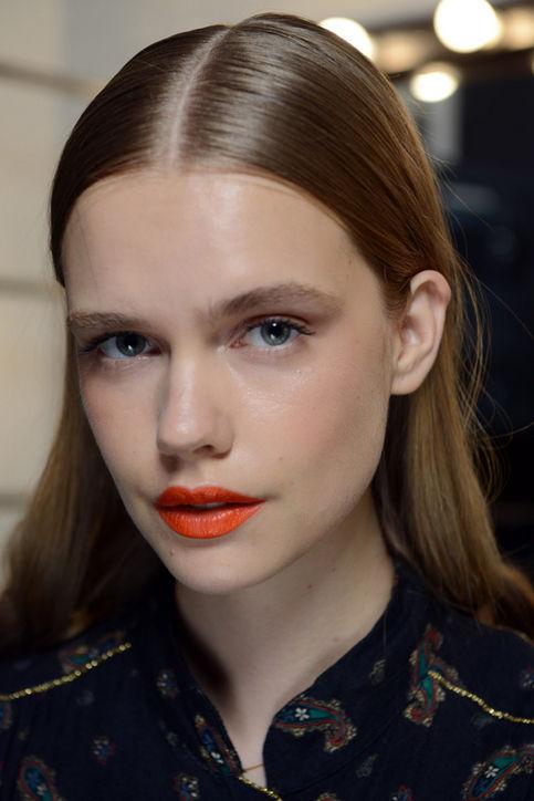 Оранжевая помада как на показе Tanya Taylor