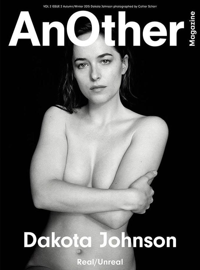 Другая: Дакота Джонсон позирует топлесс на страницах AnOther Magazine
