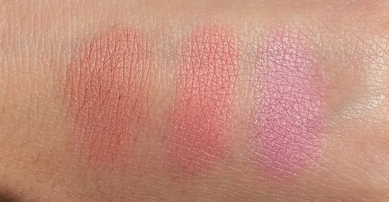 Make Up Factory Rosy Shine Blusher 07 Rosy Breeze свотчи