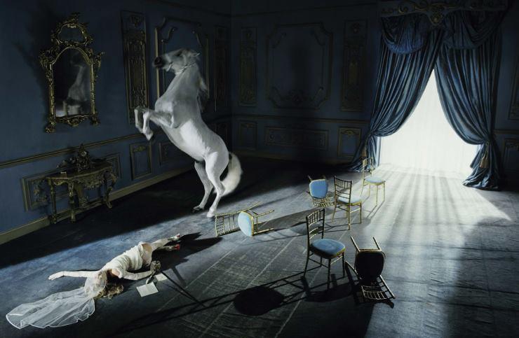 Инь и Янь: потрясающая фотосессия Кейт Мосс для Vogue Италия