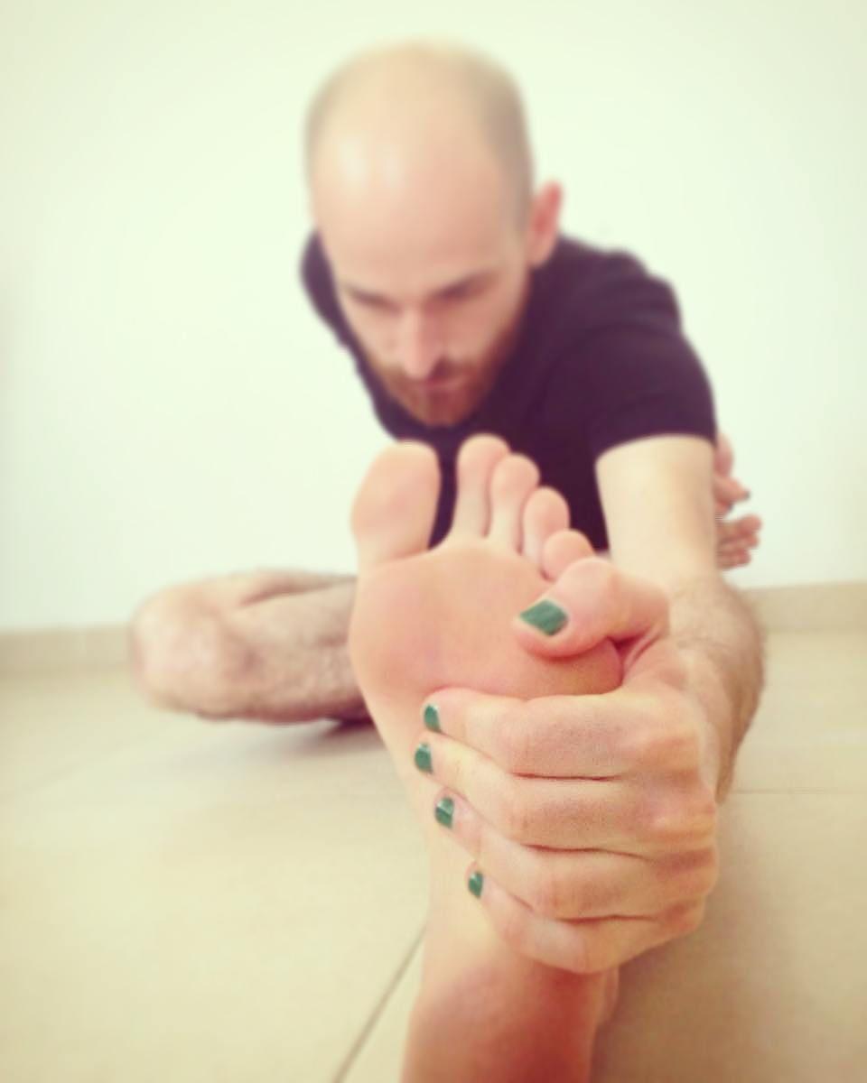 MalePolish: зачем мужчины красят ногти цветными лаками?