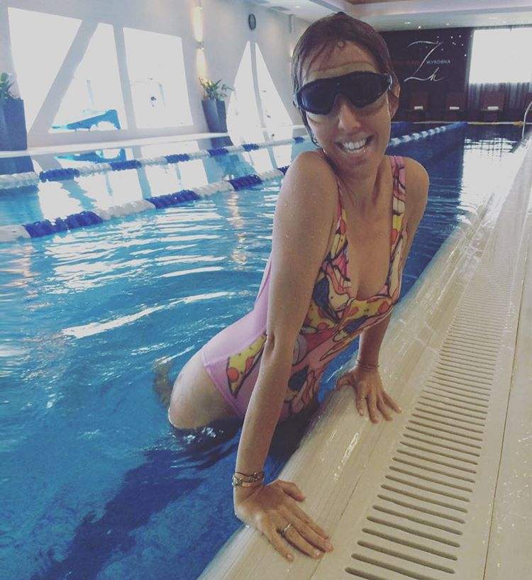 Ксения Собчак в купальнике фото