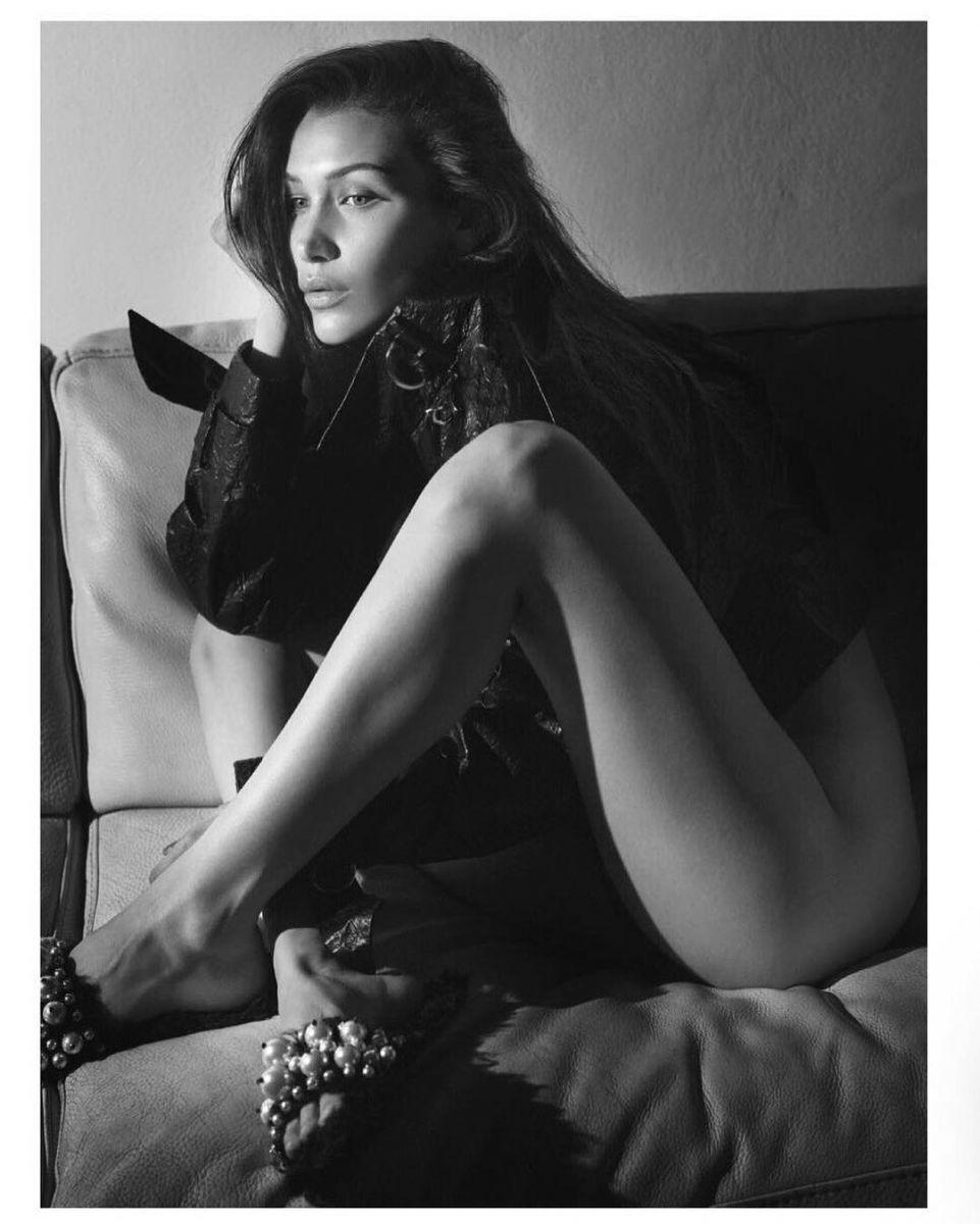 Не страшно быть голой: Белла Хадид полностью разделась для Vogue