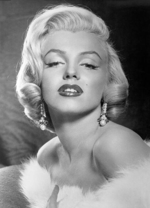 Секреты легендарных голливудских красоток в которые трудно поверить