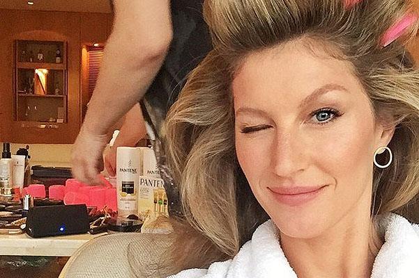Красавица Жизель Бундхен в мини представила новинки для волос