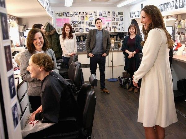 Будущая мама: Кейт Миддлтон дает уроки элегантности
