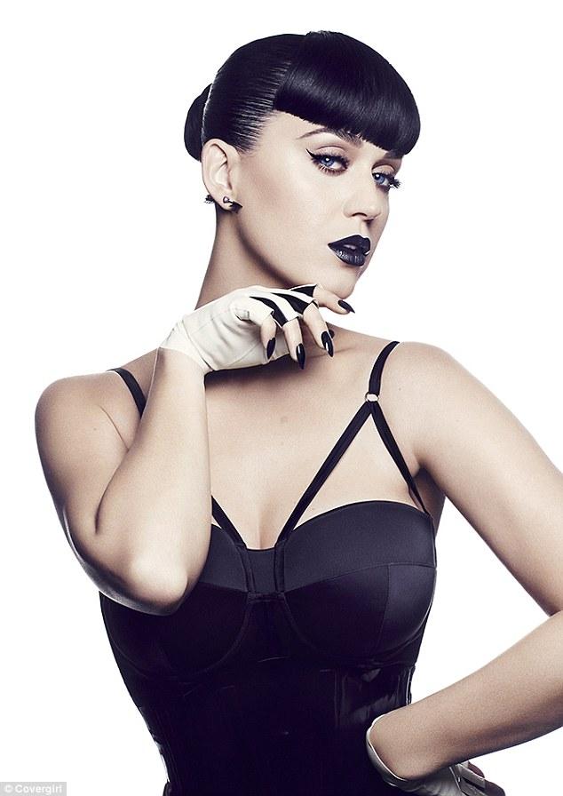 Кис-кис: Кэти Перри создала свою собственную коллекцию косметики Katy Kat Matte для CoverGirl