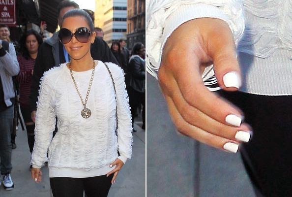 Белая зима: 10 лучших белых лаков для ногтей