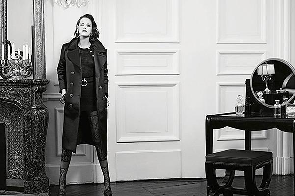 Вах-вах: Кристен Стюарт в образе роковой женщины позирует для Chanel