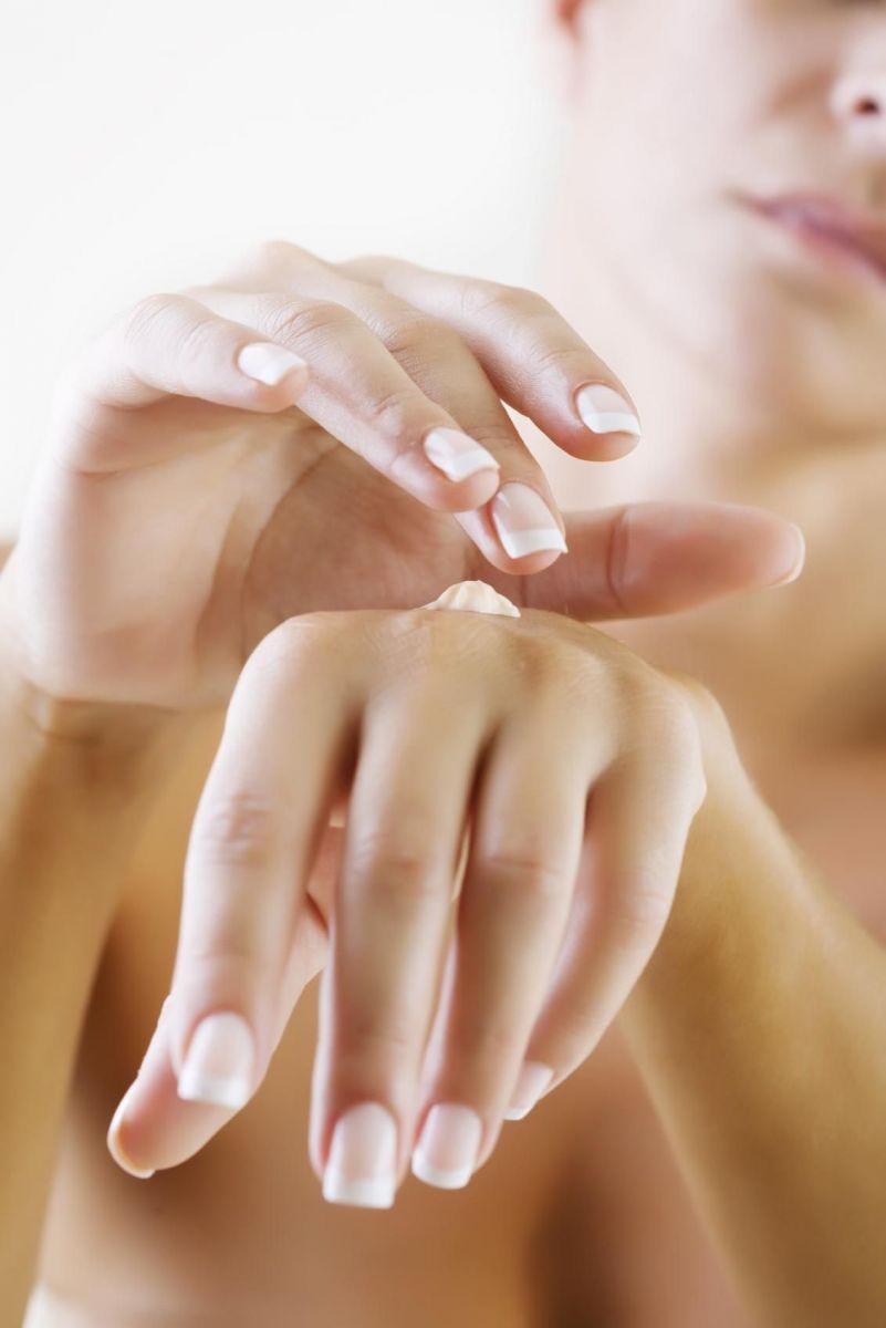 5 омолаживающих кремов для рук, которые стоит попробовать крем для рук, крем для рук хороший, крем для рук пигментные пятна, крем для рук омолаживающий