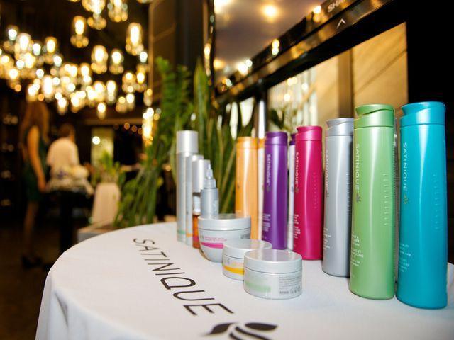 Amway представила новую линейку средств для волос SATINIQUE Collection