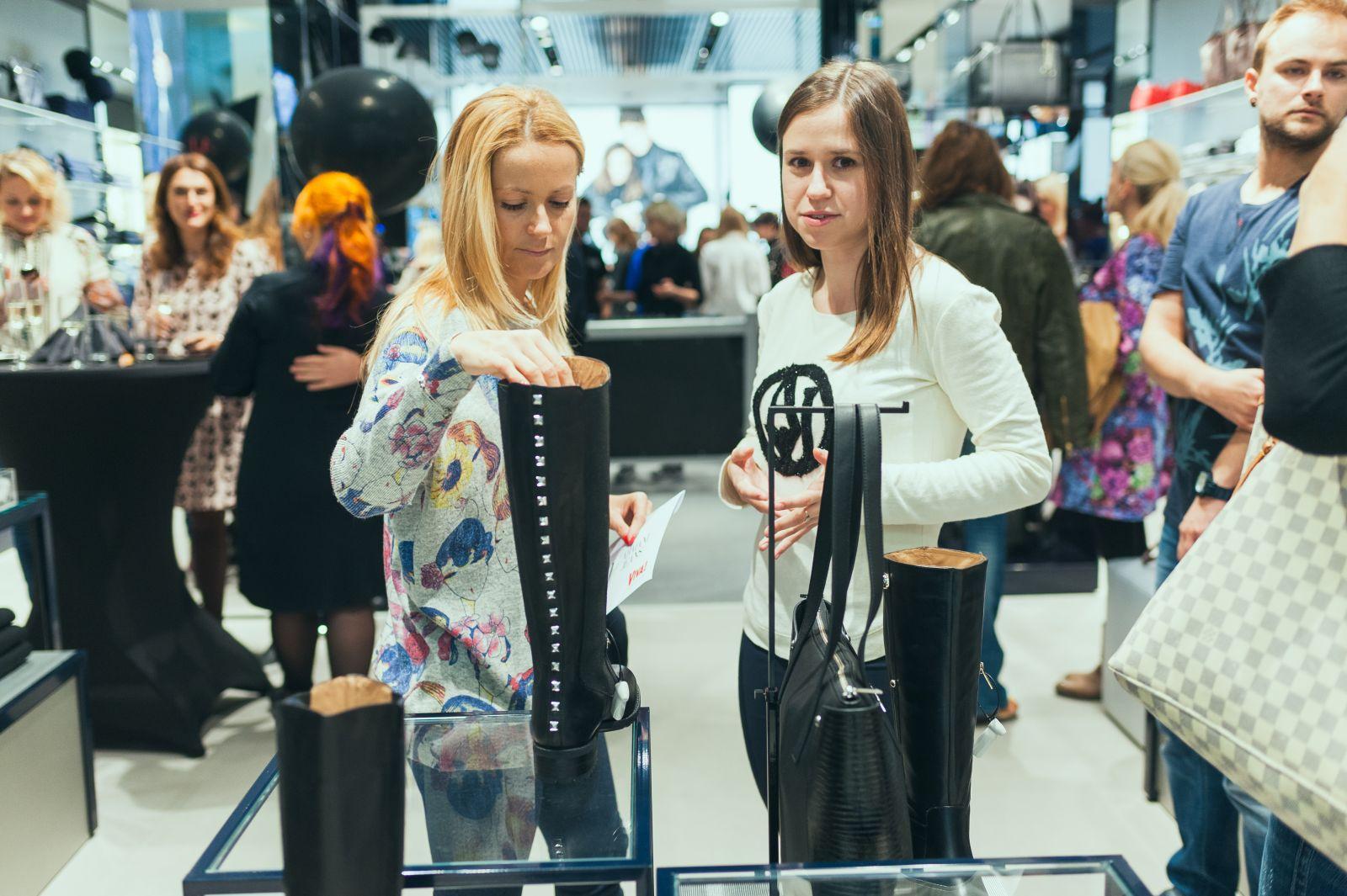 фотоотчет с открытия второго киевского монобрендового магазина Armani Jeans