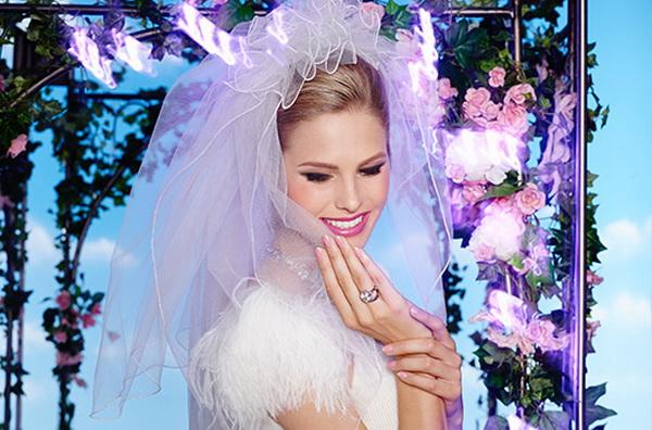 Свадьба в Лас-Вегасе: роскошная весенняя коллекция лаков