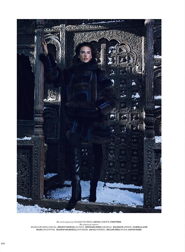 """В мехах: роскошная """"барыня"""" Алессандра Амбросио в фотосессии Harpers Bazaar Казахстан"""