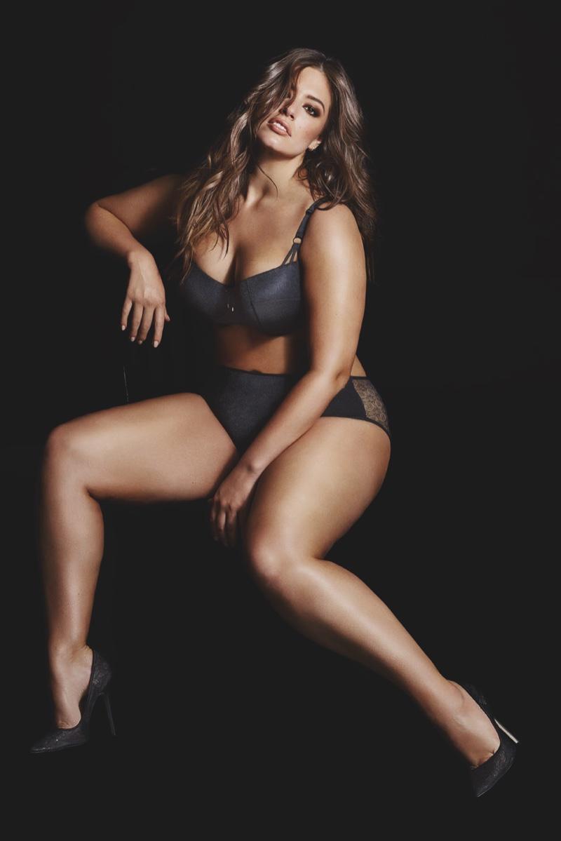 Килограммы чистой красоты: знаменитая plus-size модель Эшли Грэм снова снялась в нижнем белье