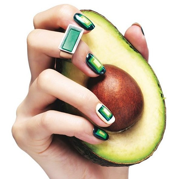 Пальчики оближешь: авокадо как акцент в нейл-арте - красочные примеры из insatagram
