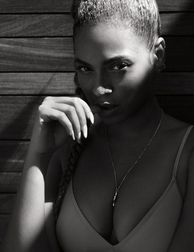 Идеальные пропорции: Бейонсе в нижем белье для Flaunt magazine фото
