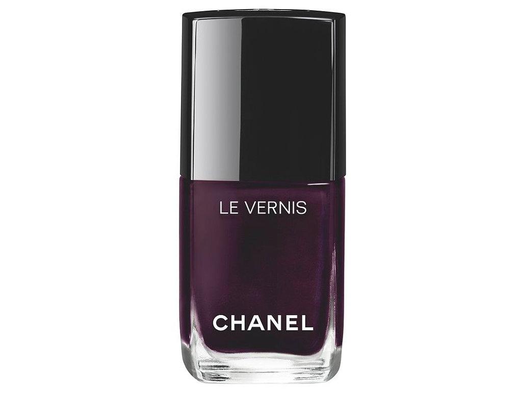 Стойкий неоловянный: обновленная линию лаков с суперстойкой формулой Le Vernis Longwear Nail Colour от Chanel