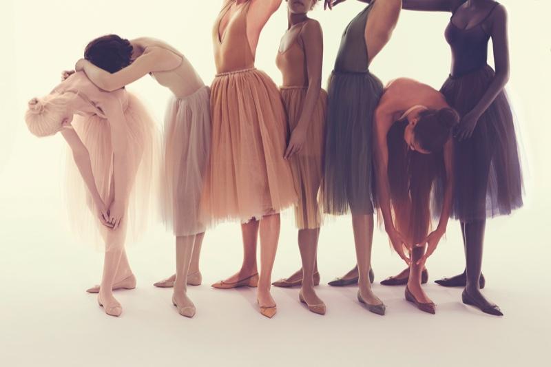 Christian Louboutin создал коллекцию балеток фото 2016