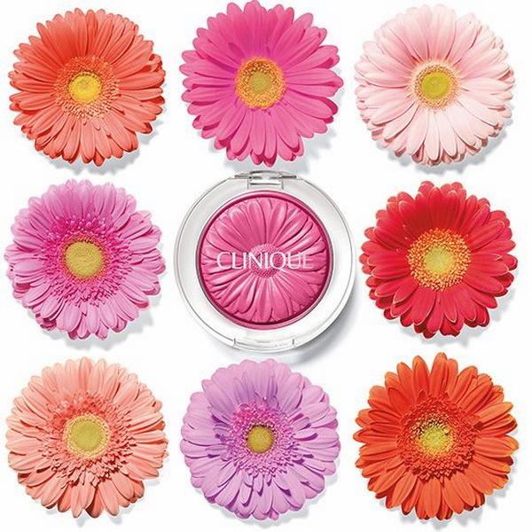 Щечки-цветочки: без каких румян не обойтись этой весной?