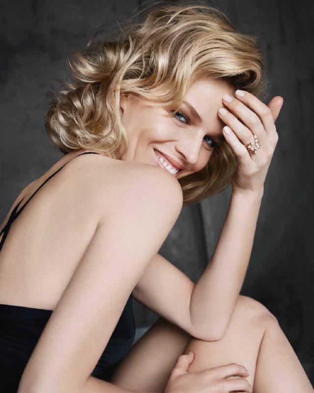 Красота вечна: Ева Герцигова снялась в кампании антивозрастной линии Capture Totale от Dior
