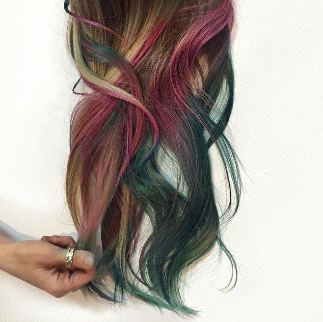Флюидное окрашивание: как делают делаю градиентные переходы цвета на волосах