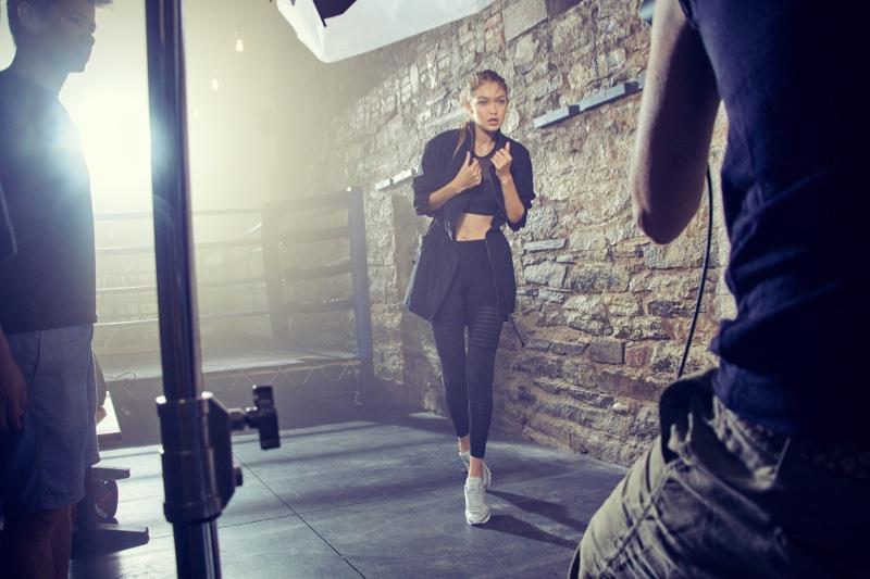 Джиджи Хадид показала стройную фигуру в рекламной фотосессии Reebok (ФОТО)