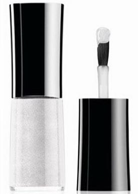 Giorgio Armani: еще больше страсти в новой коллекции для макияжа