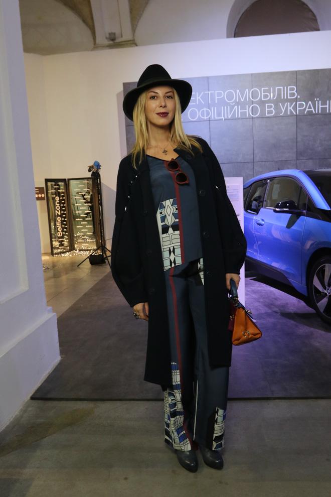 Звездные гости открытия Ukrainian Fashion Week 2016: Джамала, Катя Осадчая и другие (ФОТО)