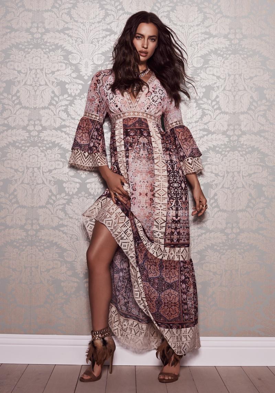 Просто богиня: Ирина Шейк рекламирует роскошные платья