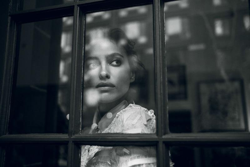Порция удивительной красоты: фотосессия Ирины Шейк для Vogue Турция