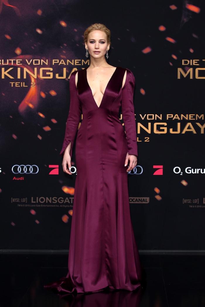 10 самых стильных звезд недели: Анджелина Джоли, Кейт Миддлтон, Дженнифер Лоуренс и другие