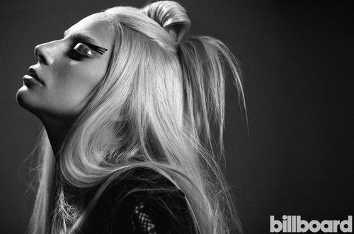 Женщина года: Леди Гага завоевала почетный титул Billboard