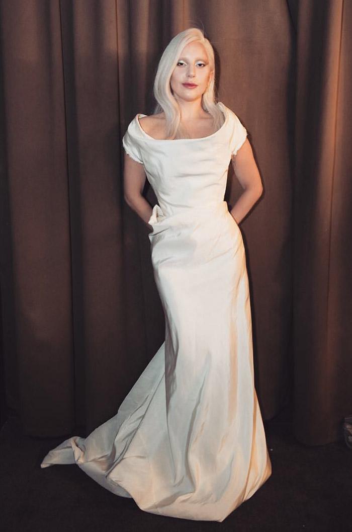 Леди Гага стала невестой в платье Vivienne Westwood