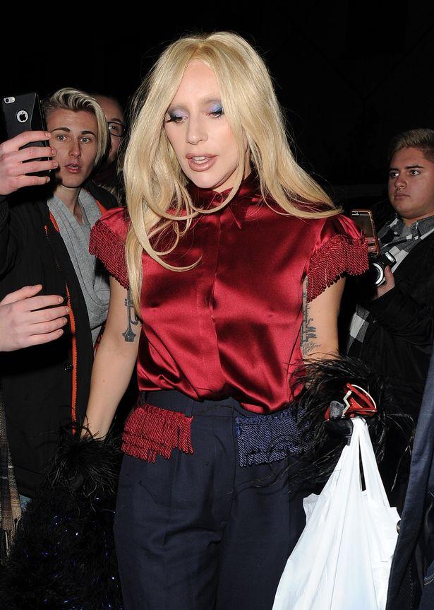 Образ дня: Леди Гага продемонстрировала Лондоне отменный стиль
