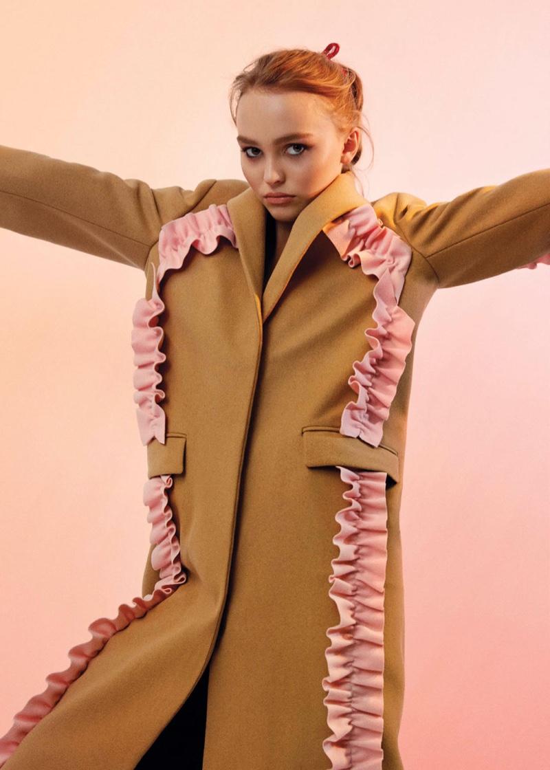 Сто из ста: дочь Джонни Деппа, Лили-Роуз Депп, появилась на обложке V Magazine