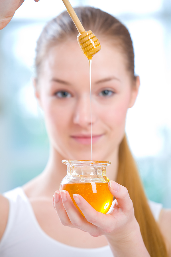 Мед для увлажнения волос