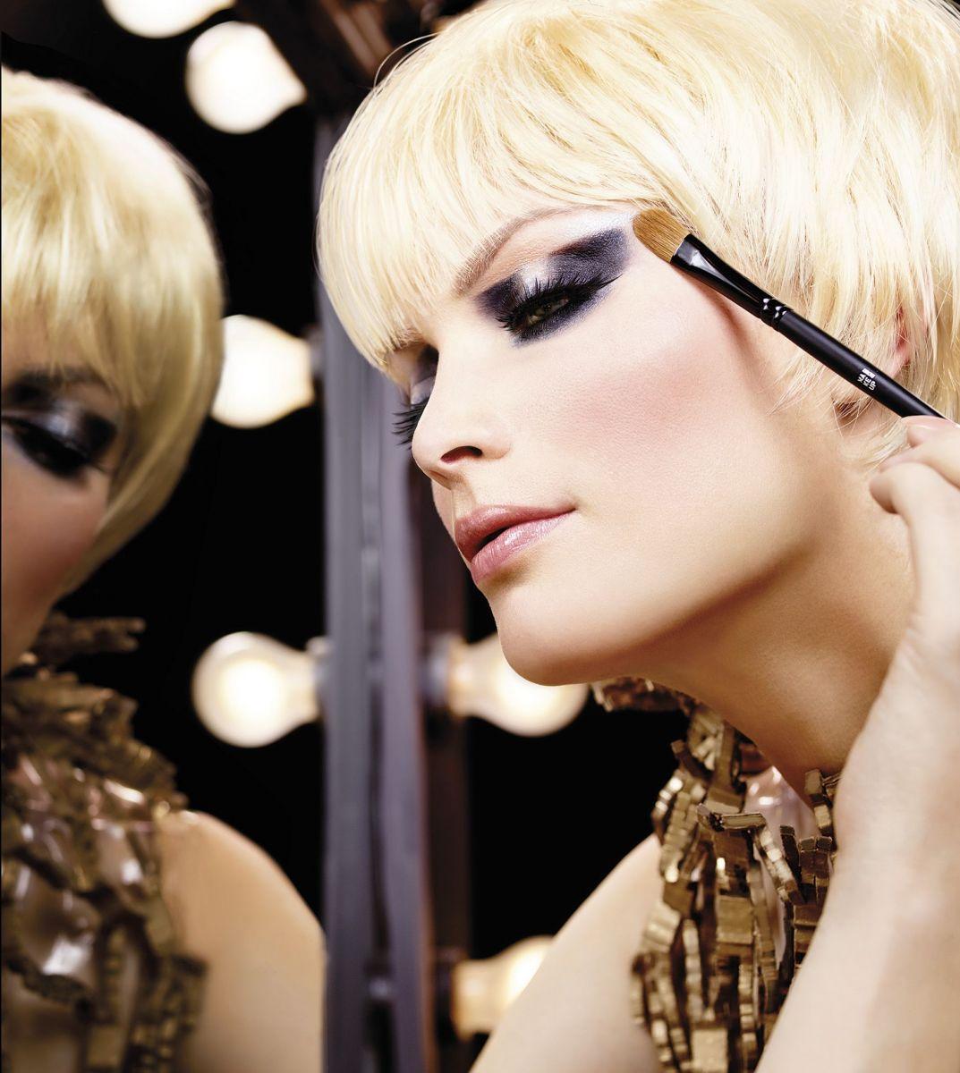 8 главных кистей для идеального макияжа