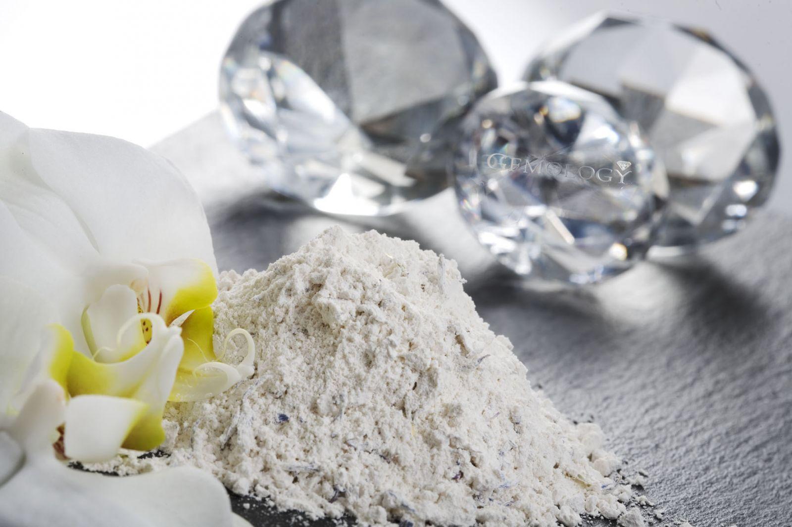 Кожа как бриллиант: новый бренд Gemology, основанный на драгоценных микроэлементах