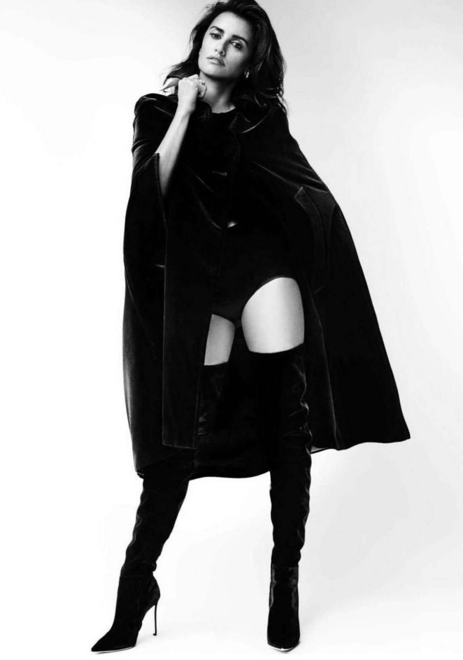 Пенелопа Крус показала сексуальность в роскошной фотосессии (ФОТО)