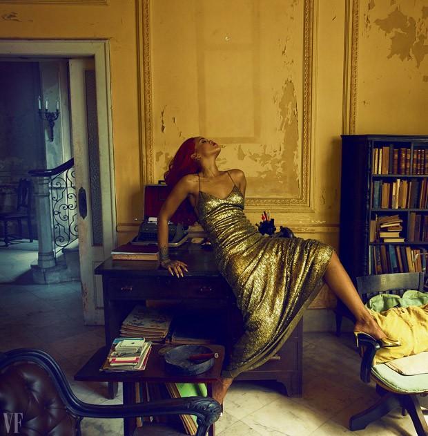 Ускользающая красота: Рианна предстала перед объективом Энни Лейбовиц