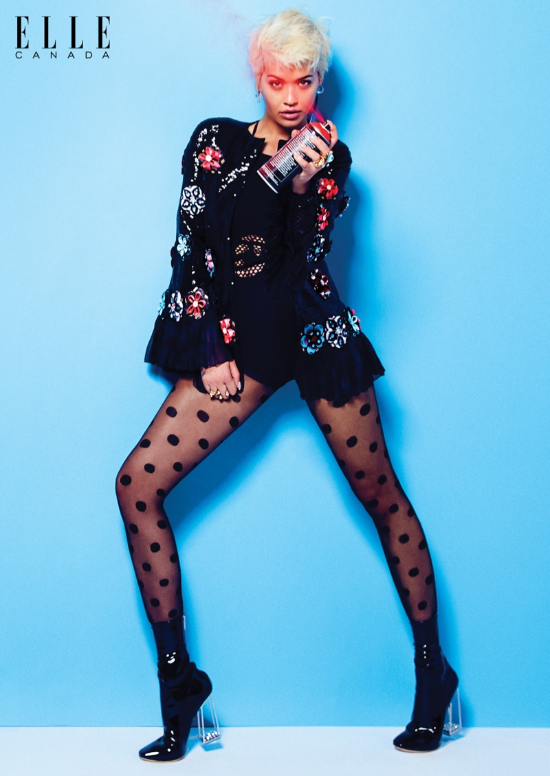 Бьюти-образ дня: Рита Ора в яркой съемке для Elle Canada