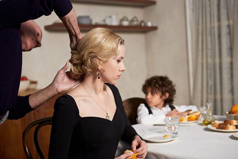 Семейные картинки: Скарлетт Йоханссон и Мэтью Макконахи в рекламе DolcеGabbana