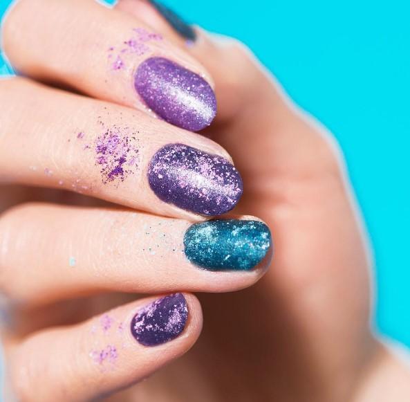 Тени для ногтей стали новым трендом в маникюре (ФОТО)