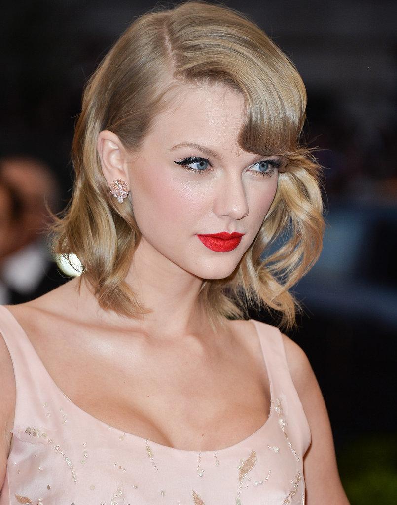 Молодая и успешная: 7 секретов красоты Тейлор Свифт