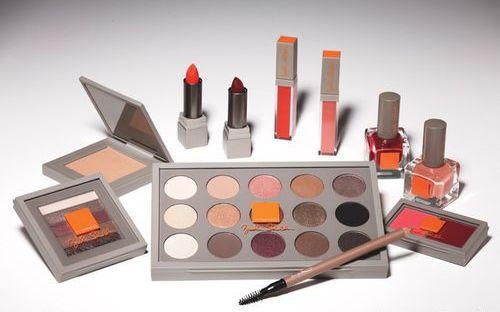 Брук Шилдс создала коллекцию макияжа для M.A.C