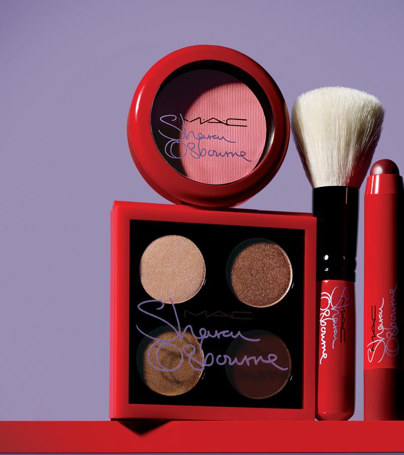 Дочки-матери: Келли и Шэрон Осборн  создали коллекцию макияжа