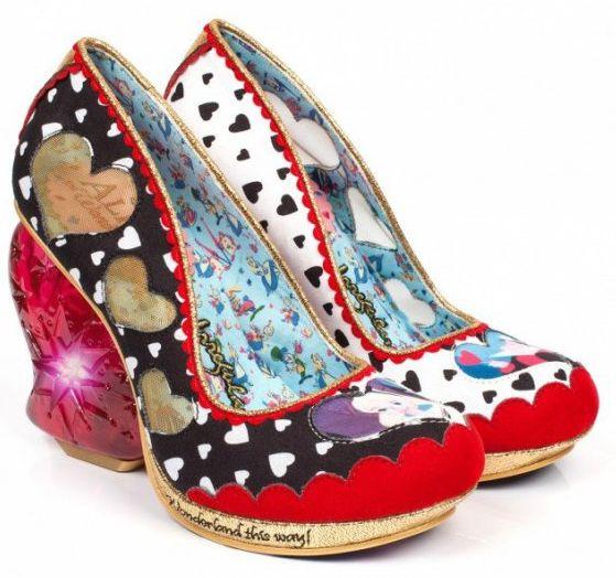 Реальные сказки: Туфли в стиле Алисы в Стране Чудес взорвали соцсети!